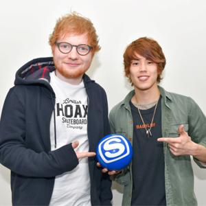 スペースシャワーTVにてEd Sheeranの特別番組を放送!初解禁となる貴重なライブ映像の他、対談相手に注目のシンガーソングライターのReNを迎えたインタビューの様子など、Edの魅力に迫る30分!
