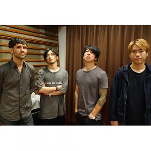 スペースシャワーTVで MONOEYES独占インタビューを放送! ニューアルバム「Dim The Lights」発売に至るまでのメンバーの想いに迫る!